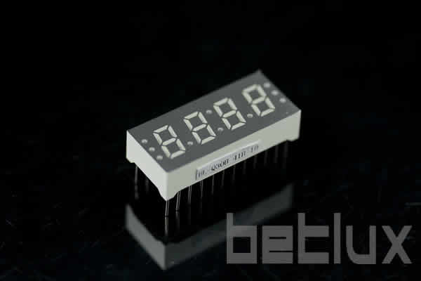 0.30 inch four seven segment led display
